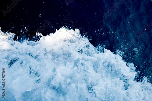 Canvas Bird's eye view on the open waters of planet earth, stormy seas, blue turquoise
