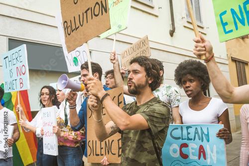 Valokuvatapetti Activists demonstrating against global warming
