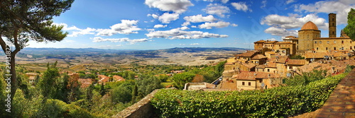 Foto Volterra ist eine malerische Stadt in der Toskana