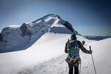 Alpiniste Sur L'ascension Du M...