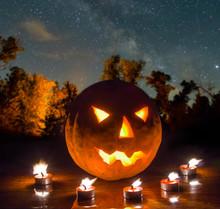 Halloween Night Scene, Jack O ...