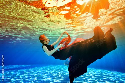 Surreal underwater picture Tableau sur Toile
