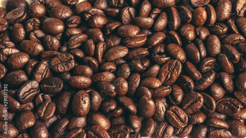 coffee bean background. Roasted coffee beans closeup. macro photo of coffee beans.
