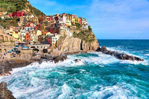 Foto auf AluDibond Himmelblau Manarola village, one of the five villages of the Cinque Terre, Italy. Spring