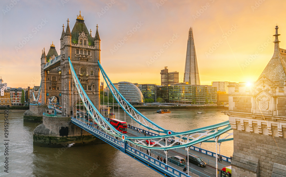 Fototapety, obrazy: The london Tower bridge at sunrise