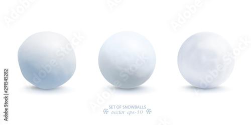 Fototapeta Set of snowballs isolated on white background