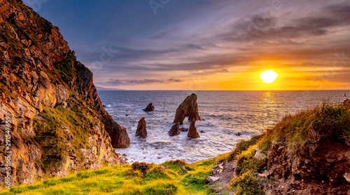 Foto auf AluDibond Honig Crohy Head Sea Arch Breeches during sunset - County Donegal, Ireland