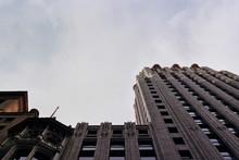 Looming Building