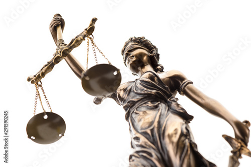Fotomural  Statue of justice isolated on white background