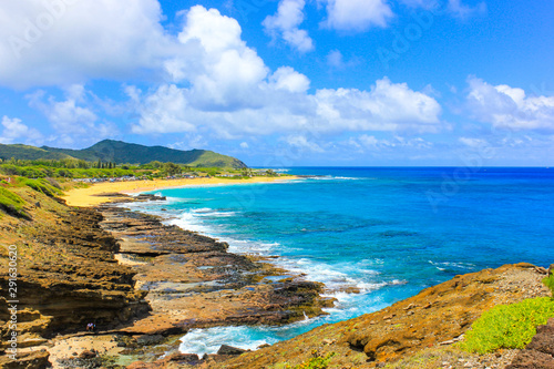 Obraz na plátně  Beautiful view of Sandy beach at Halona Point Blowhole in Oahu, Hawaii