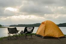 朱鞠内湖 湖畔のキャンプ
