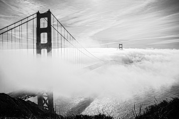 Fototapeta Mosty bridge in the fog