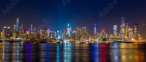 Obraz New York City Manhattan midtown buildings skyline - fototapety do salonu