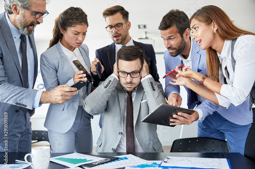 Fotomural  businessman stress overwhelmed work problem