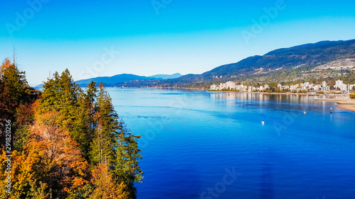 фотография Burrard Inlet and West Vanouver Viewed From Lionsgate Bridge On A bright EArly F