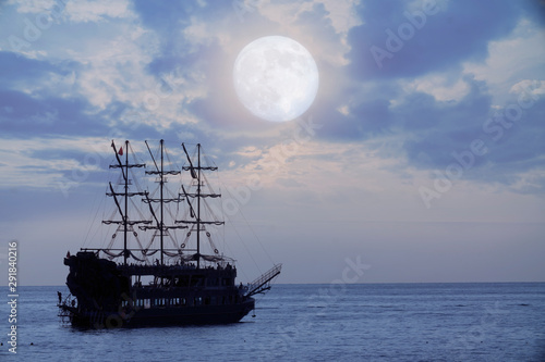 Türaufkleber Schiff old pirate ship sailing, night at sea