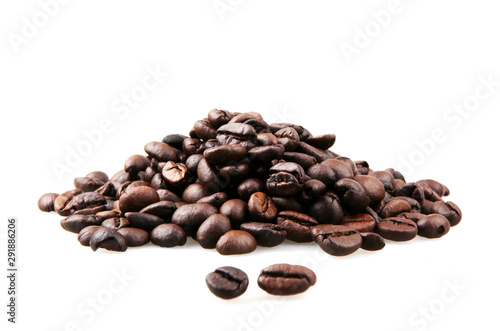 Cuadros en Lienzo Fresh Roasted Coffee Beans Isolated On White Background