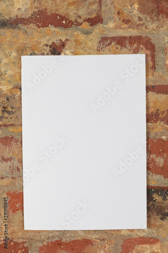 Poster Historisch geb. Blank canvas and brick wall