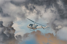 A Rescue Helicopter Races Agai...