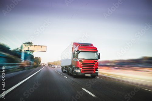 Fotomural  Lorry driving on motorway M1 United Kingdom