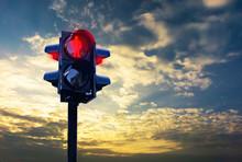 Traffic Light Red Stop Walking...
