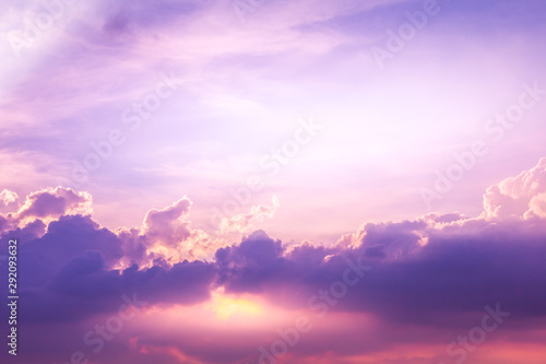 Foto auf Leinwand Flieder sun and cloud background with a pastel colored