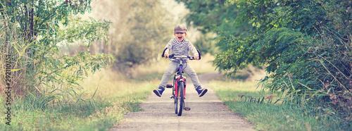 Leinwand Poster Bewegung mit dem Fahrrad