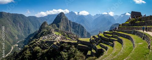Photo  Panoramic view of Machu Picchu ruins in Peru