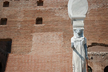 Serapis Heykeli