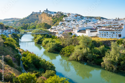 Foto auf AluDibond Himmelblau Panoramic late afternoon sight in Arcos de la Frontera, province of Cadiz, Andalusia, Spain.