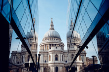 St Pauls Cathedral Near Modern Buildings