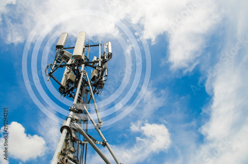Foto Communication telecom tower,base of 5G Network,on blue sky background