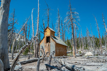 Exotic And Breathtaking Views Of The Mammoth Lakes Area On The Eastern Sierras Of California
