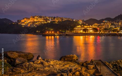 Billede på lærred Romantic evening Panorama of Stanley Village on Hongkong Island