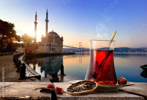 Carta da parati Hot Tea in Istanbul