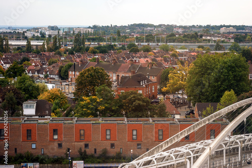 Cuadros en Lienzo Suburban areas view in North London, Wembley, London