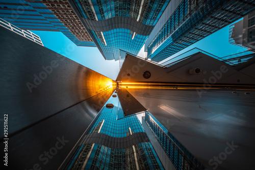 Obraz Modern architecture view from low angle - fototapety do salonu