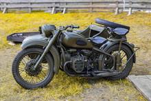 OLD MILITARY MOTOR BIKE. Two-w...