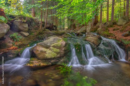 Fototapeta Rzeka z wodospadem, Karkonosze obraz