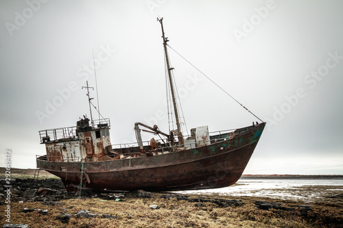 Valokuvatapetti Abandoned ship on the coast of the Arctic Ocean.