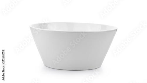 Photo  white ceramics bowl isolated on white background.