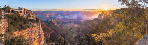 Obraz na plátně Grand Canyon zu Sonnenaufgang Panorama