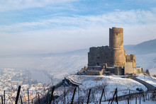 Winterlandschaft Um Die Burg Landshut In Bernkastel-Kues An Der Mosel