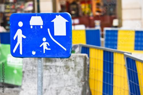 Valokuvatapetti travaux chantier panneaux jeux enfant securité