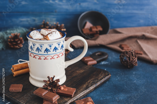 Spoed Foto op Canvas Chocolade Cup of hot chocolate with marshmallows on table