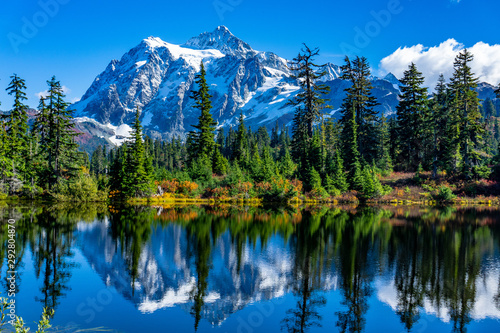 Photo Picture Lake Reflection of Mount Shuksan