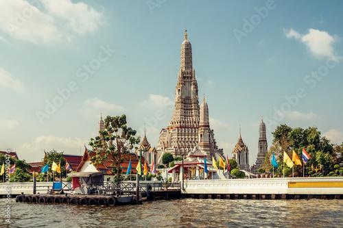 Fotografie, Obraz  Wat Arun buddhist temple in Bangkok, Thailand