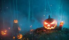 Spooky Halloween Pumpkins In F...