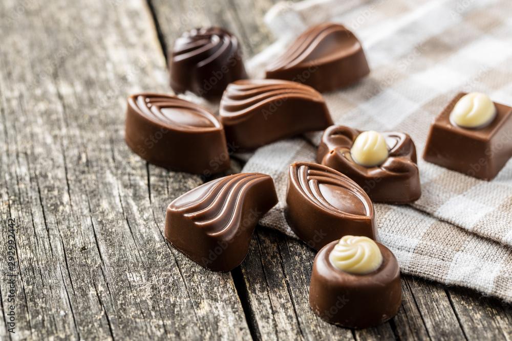 Fototapety, obrazy: Various chocolate pralines