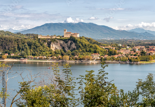View of Rocca Borromea at Angera, on the lakeside Maggiore hilltop in province o Tapéta, Fotótapéta
